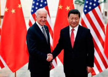 """Biden hizo en agosto una promesa similar cuando declaró que Estados Unidos asumió el """"sagrado compromiso"""" de defender a los aliados de la OTAN en Canadá y Europa y """"es lo mismo con Japón, con Corea del Sur, con Taiwán""""."""