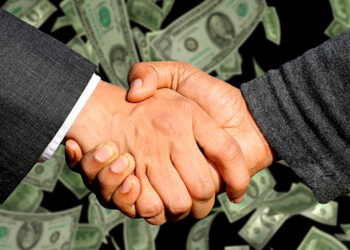 Los países con avances en transparencia financiera son menos atractivos para el lavado de activos expone la prestigiosa revista inglesa.