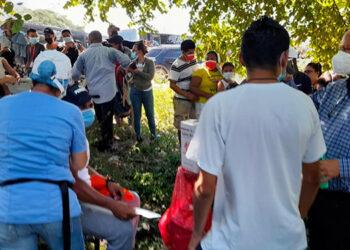 Además de los hondureños, más de 700 nicaragüenses se han inoculado contra el COVID-19, en Choluteca.