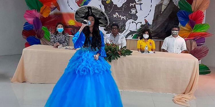 """Durante el evento de reconocimientos y festejos por el """"Día de Choluteca"""", hubo participaciones artísticas."""