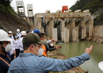 Durante el gobierno del Presidente Juan Orlando Hernández se concluyó la construcción de la Central Hidroeléctrica Patuca III, en Olancho.