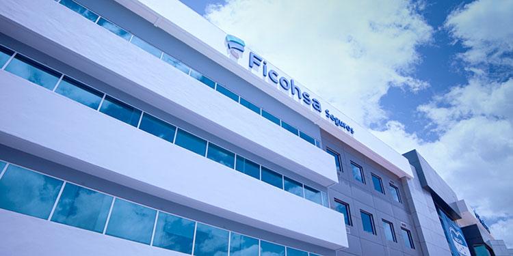 Ficohsa Seguros cuenta con más de 60 años en el mercado y actualmente tiene la posición número uno en el ranquin de aseguradoras en Honduras.