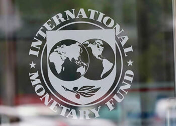 """La persistencia del desempleo y cierre prolongado de las escuelas debido a la pandemia han provocado un """"daño importante al capital humano"""", según el FMI."""