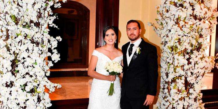 Bivian y Ridoniel celebraron su boda después de 11 años de noviazgo.
