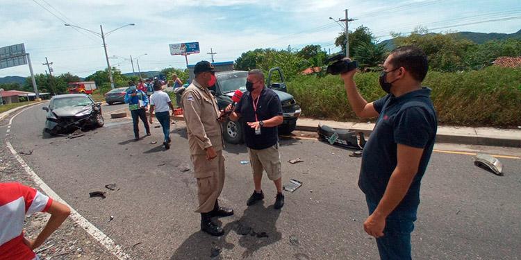 Luego del accidente, los seis heridos fueron trasladados al Hospital San Lorenzo.