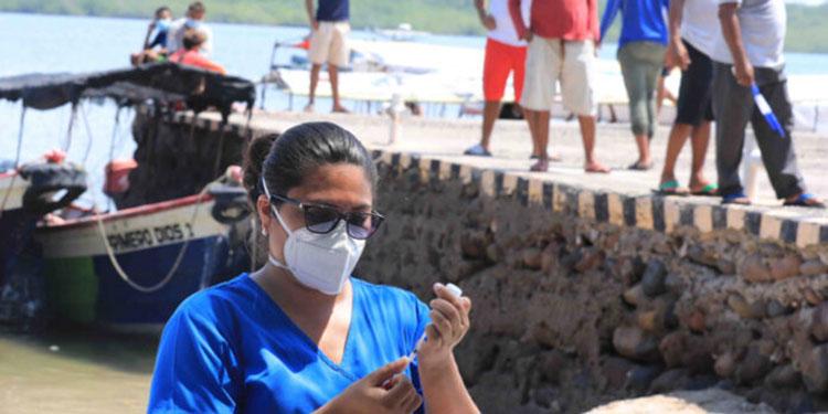 Continúa la vacunación contra el COVID-19 en zonas turísticas de mayor afluencia de veraneantes.