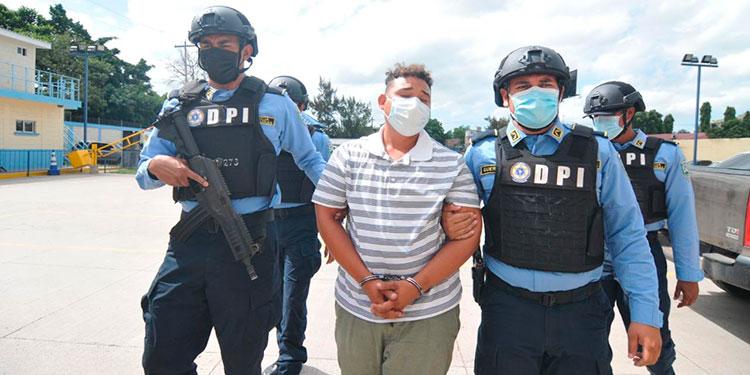 """Andi Josué Matute Hernández (23), alias """"Andi"""", continuará preso por supuesta complicidad en un asesinato."""