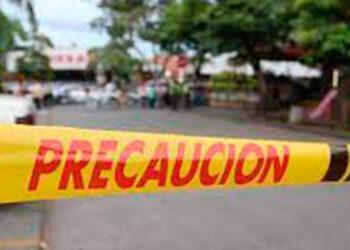 La Policía ha relacionado algunas de las masacres con la disputa que libran grupos armados por el control del territorio y del mercado interno de drogas.
