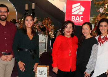 Raúl Bonilla, Valeria Ríos, Marcela Facussé, Isabella Zacapa, Marcela Zacapa.
