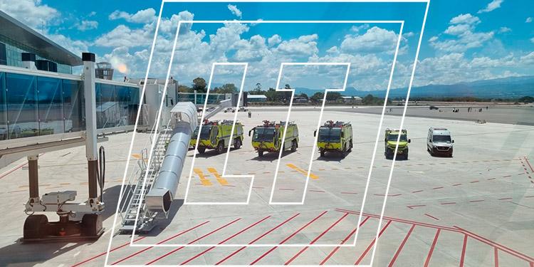 La extensión del Aeropuerto de Palmerola es de 39,500 metros cuadrados, con una pista de 2,440 metros de largo.