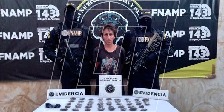 """Nitson Hernán Juárez Martínez (24), alias """"El Payaso"""", supuestamente se encarga de vender y distribuir droga en Comayagua."""