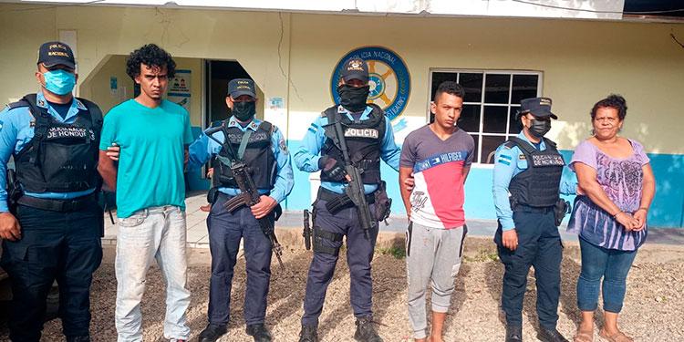 Se investiga si los ahora detenidos también han abusado de la menor o participado en otros ilícitos en el municipio de Silca y alrededores.