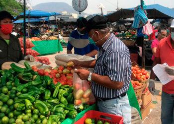La canasta básica está conformada por 30 productos que se consumen con mayor frecuencia en los hogares hondureños.