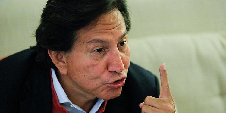 Fiscales estadounidenses pidieron a un juez federal que el expresidente peruano Alejandro Toledo sea detenido en una prisión mientras el secretario de Estado aprueba su extradición a Perú. (LASSERFOTO EFE)