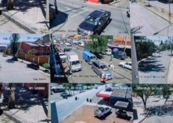"""Los """"mareros"""" mantenían vigilados a los agentes de la Policía Nacional y a sus rivales cuando se adentraban en la zona del barrio Las Crucitas."""