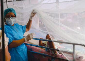 Cada día, más menores con dengue son atendidos en la Sala de Emergencia Pediátrica del Hospital Escuela.