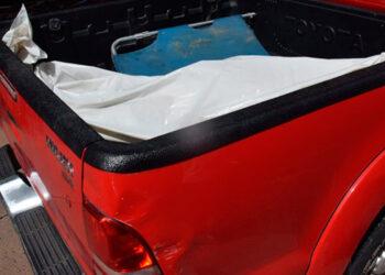 Los restos del malogrado motociclista fueron trasladados a la morgue capitalina, para la respectiva autopsia en un automóvil del Ministerio Público.