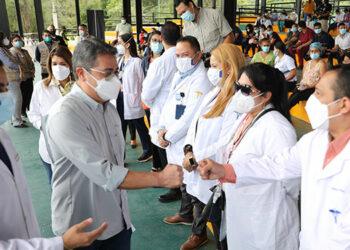 El Presidente Juan Orlando Hernández detalló que la vacuna que se está usando como dosis de refuerzo es Pfizer, gracias a un acuerdo.