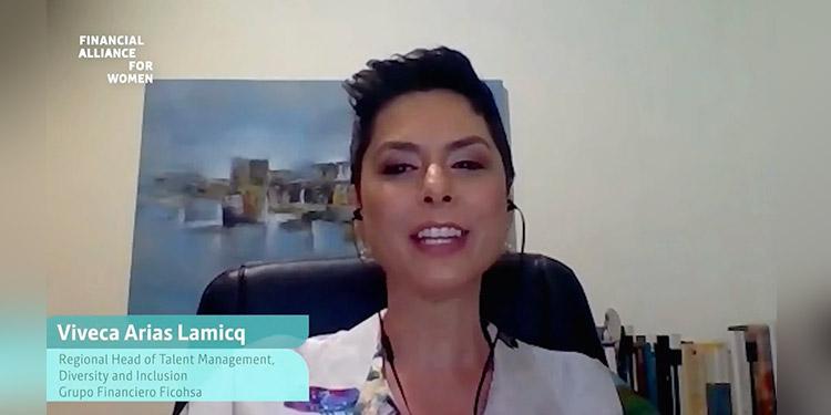 Viveca Arias Lamicq, jefe de la estrategia regional de gestión del talento, diversidad e inclusión de Grupo Financiero Ficohsa.