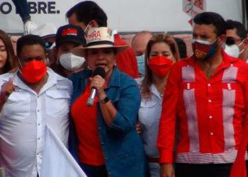 En su mensaje, Xiomara Castro, también fue enfática en todo el retroceso que ha vivido la nación.