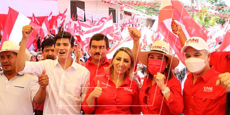 Yani Rosenthal fue acompañado por el coordinador departamental, Erick Rodríguez, así como del candidato a alcalde de Piraera, Deydin Mendoza, y otros líderes departamentales.