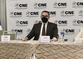 La comunidad internacional acreditada en el país fue informada por los propios consejeros del Consejo Nacional Electoral (CNE) sobre el avance del cronograma electoral.