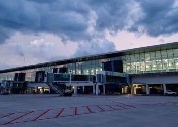 El Aeropuerto Internacional de Palmerola, brindará intangibles beneficios para la región al volcar una importante cantidad de visitantes.