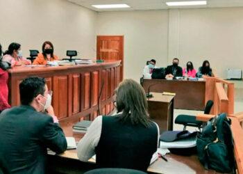Según el dictamen forense, Keyla Martínez fue asesinada por asfixia mecánica por sofocación tras la obturación de los orificios respiratorios.